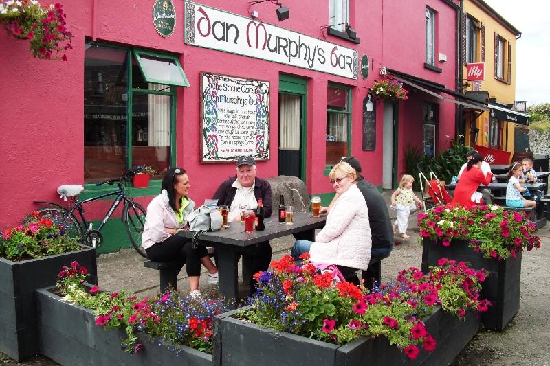 Dan Murphy's Bar